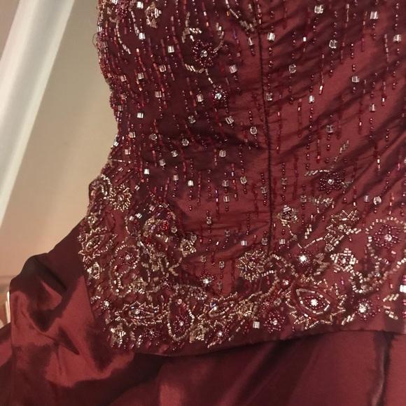 0c16a48feb3 Jovani Dresses   Skirts - Beautiful silk taffeta ball gown beaded bodice